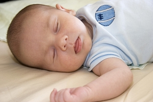 Schlafendes Baby © fotolia